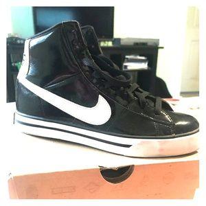 Nike classic high sneaker